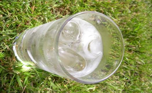 água gelada